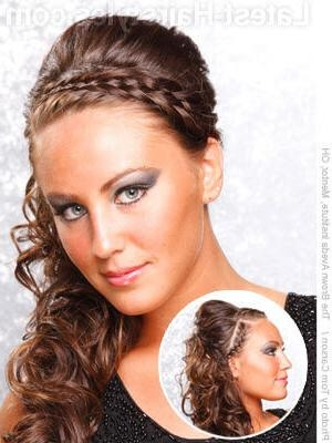 11 Romantic Side Ponytails For Long Hair With Long Hairstyles To The Side (View 2 of 15)