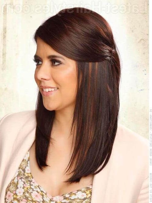16 Super Easy Prom Hairstyles To Try Pertaining To Long Hairstyles Pinned Back (View 5 of 15)