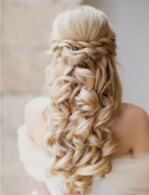 20 Creative And Beautiful Wedding Hairstyles For Long Hair Regarding Long Hairstyles For Wedding (View 1 of 15)