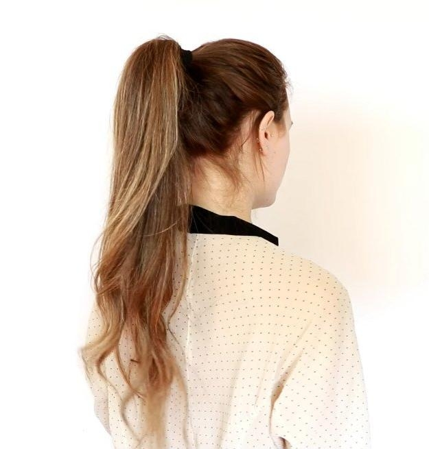 20 Quick And Easy Hairstyles You Can Wear To Work Inside Long Hairstyles For Work (View 9 of 15)