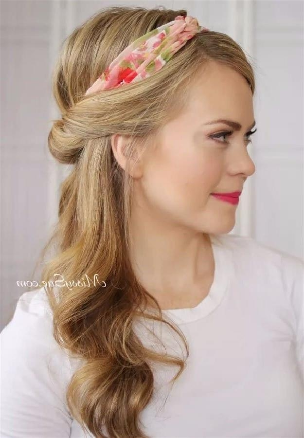 20 Quick And Easy Hairstyles You Can Wear To Work Within Long Hairstyles For Work (View 11 of 15)