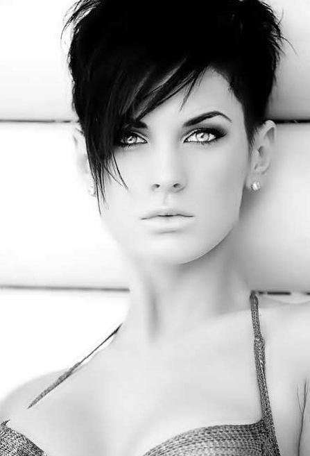 20 Trendy Short Hairstyles: Spring And Summer Haircut – Popular For Long Hairstyles With Short Bangs (View 1 of 15)