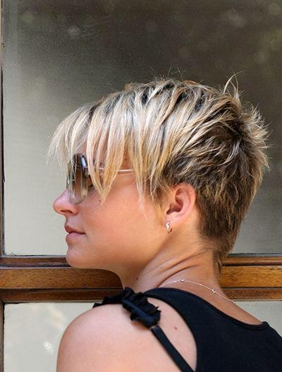 24 Cool And Easy Short Hairstyles | Styles Weekly Intended For Hairstyles Long Front Short Back (View 1 of 15)