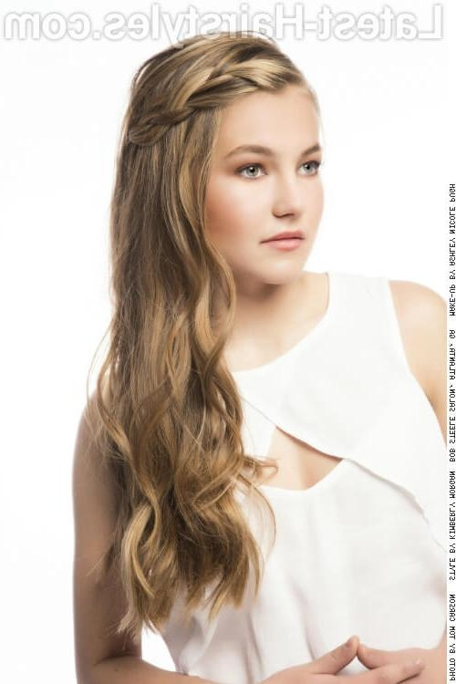 25 Ridiculously Cute Hairstyles For Long Hair Intended For Long Hairstyles Cute (View 3 of 15)