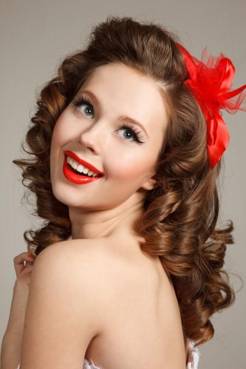 "30 Pin Up Hairstyles That Scream ""retro Chic"" (Tutorials Included) Inside Vintage Hair Styles For Long Hair (Gallery 8 of 15)"
