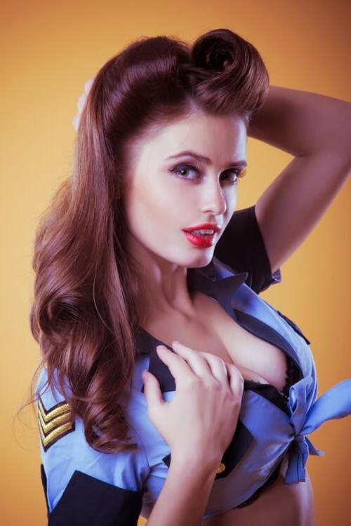 """30 Pin Up Hairstyles That Scream """"retro Chic"""" (tutorials Included) Within Long Hairstyles Retro (View 8 of 15)"""