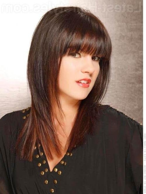 30 Seriously Chic Medium Shag Hairstyles For Shaggy Layered Long Hairstyles (View 5 of 15)
