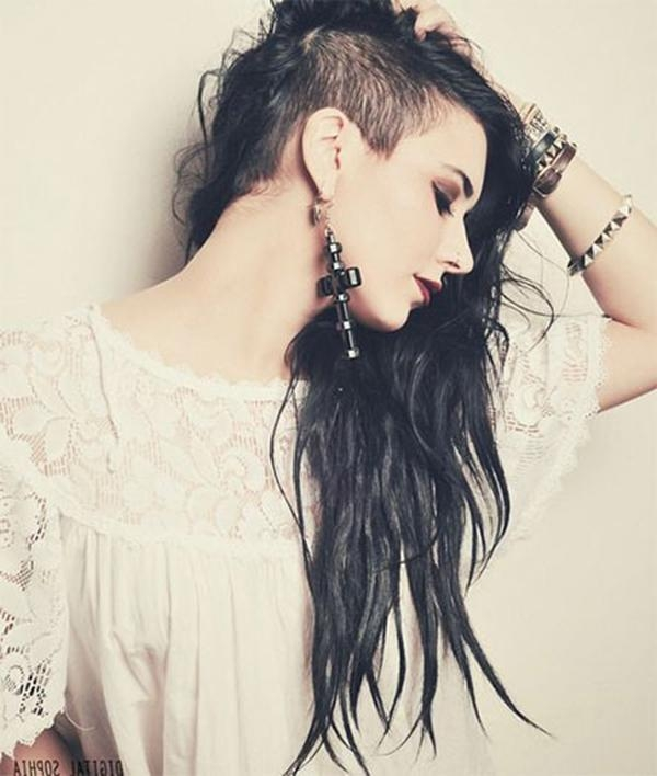52 Of The Best Shaved Side Hairstyles In Long Hairstyles With Shaved Sides (View 7 of 15)