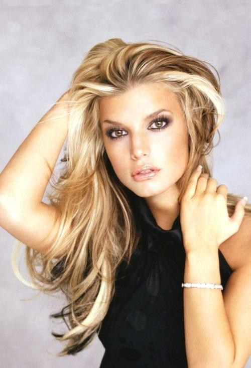54 Vivid Hairstyle Ideas For Highlighted Hair In Long Hairstyles And Highlights (View 4 of 15)