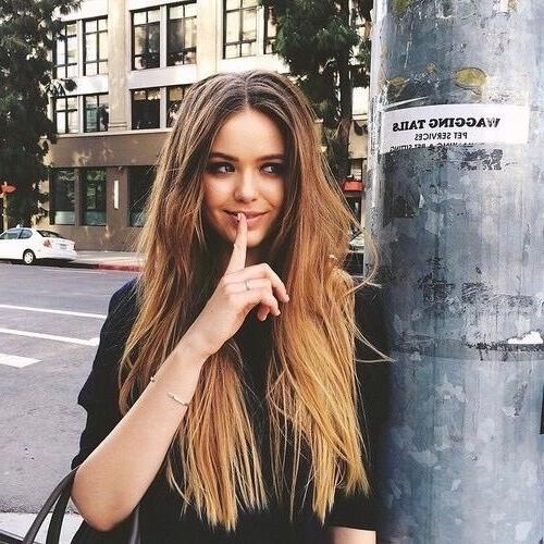 Best 20+ Middle Part Hairstyles Ideas On Pinterest | Middle Part Inside Middle Parting Hairstyles For Long Hair (View 4 of 15)