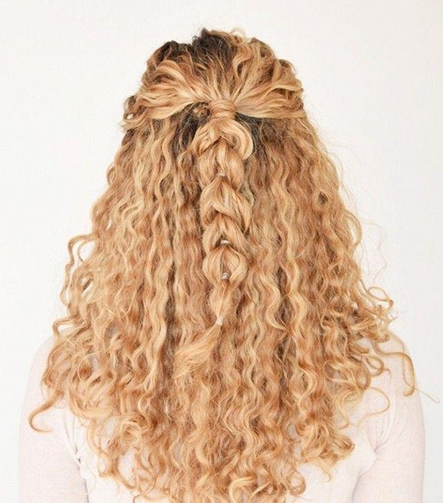 Best 25+ Easy Curly Hairstyles Ideas On Pinterest | Hairstyles With Regard To Casual Hairstyles For Long Curly Hair (View 6 of 15)