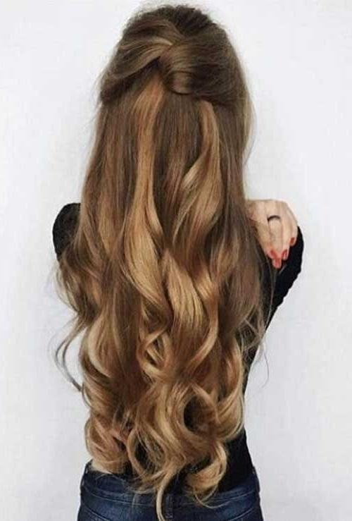 Best 25+ Easy Updo Ideas On Pinterest | Easy Chignon, Simple Updo With Regard To Long Hairstyles Easy Updos (View 5 of 15)