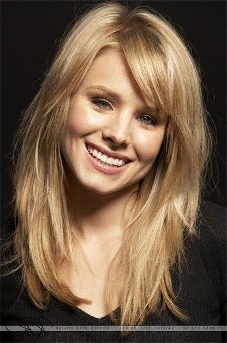 Best 25+ Medium Hairstyles With Bangs Ideas On Pinterest Inside Medium To Long Hairstyles (View 7 of 15)