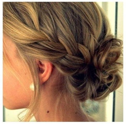 Featured Photo of Medium Long Hair Updos