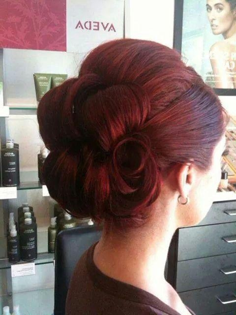 Featured Photo of Vintage Updos Hairstyles For Long Hair