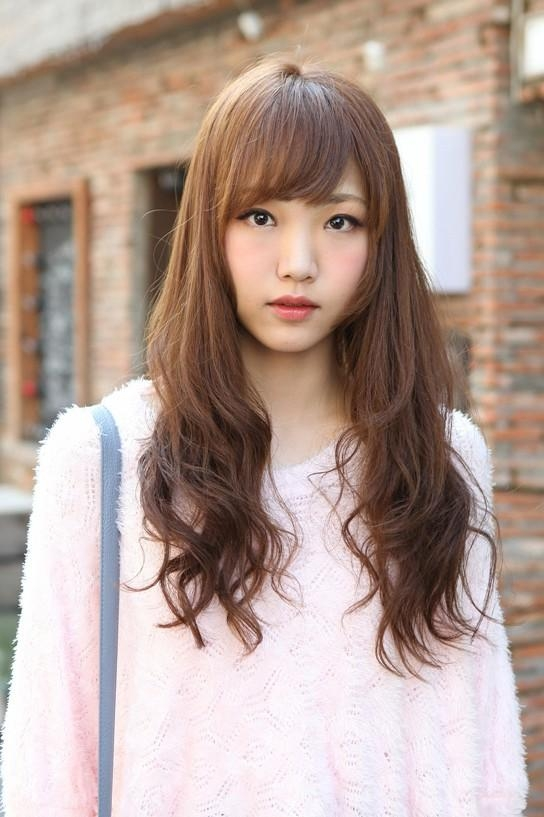 Cute Korean Hairstyle For Girls: Long Brown Hair With Bangs Within Long Wavy Hairstyles Korean (View 9 of 15)