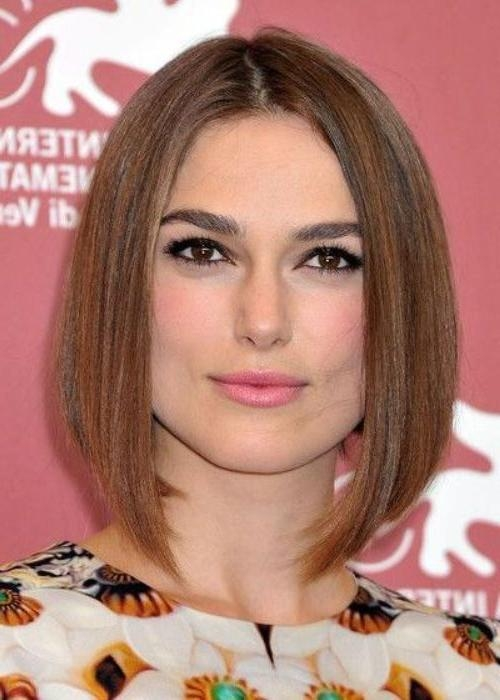 Hairstyles For Round Face Square Jaw: The Best Haircut For Your Pertaining To Long Jaw Hairstyles (View 13 of 15)