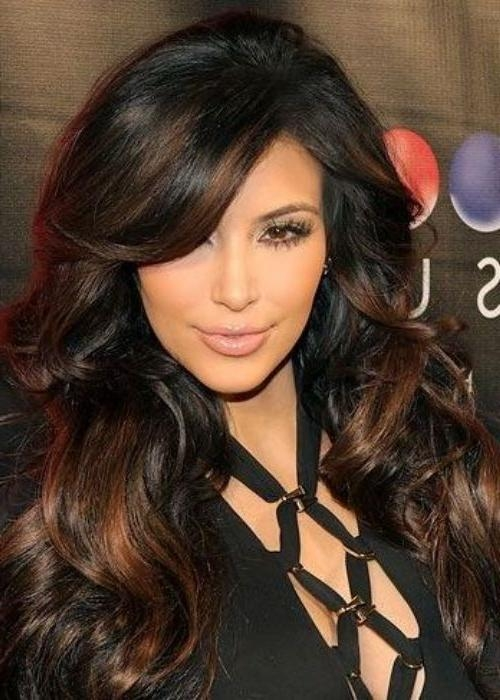 How To Achieve Kim Kardashian's Long Layered Curls? | New Star With Long Layered Hairstyles Kim Kardashian (View 6 of 15)