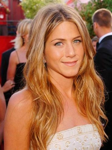 Jennifer Aniston Hairstyles: Pictures Of Jennifer Aniston Haircuts Within Long Layered Hairstyles Jennifer Aniston (View 6 of 15)