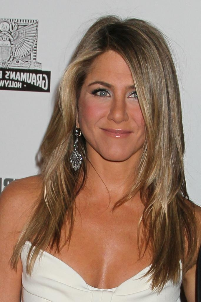 Jennifer Aniston Layered Cut – Jennifer Aniston Long Hairstyles With Long Layered Hairstyles Jennifer Aniston (View 7 of 15)