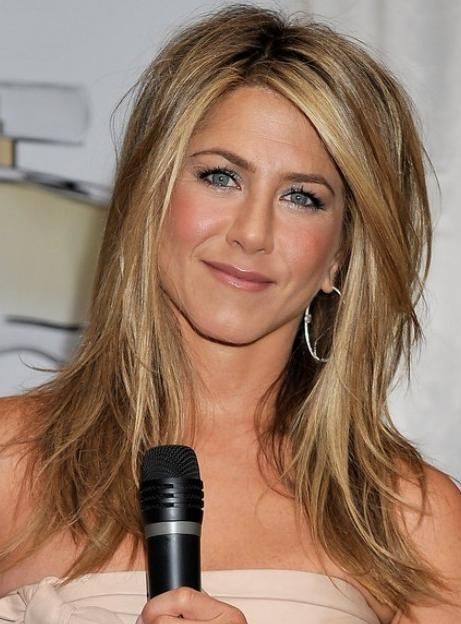 Jennifer Aniston Medium Hairstyles For Women – Popular Haircuts Inside Long Layered Hairstyles Jennifer Aniston (View 11 of 15)