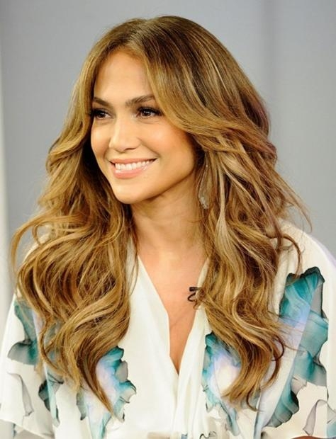 Jennifer Lopez Long Hairstyles: Center Parted Wavy Hair – Popular In Long Hairstyles Centre Parting (View 10 of 15)