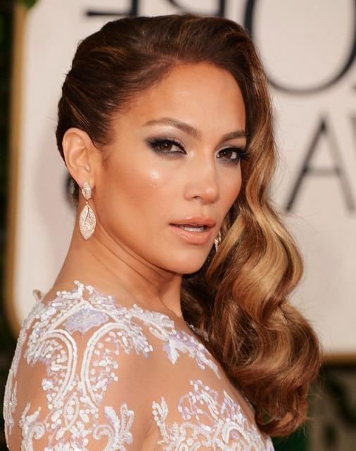 Jennifer Lopez Long Hairstyles: Side Waves Hair – Popular Haircuts With Regard To Long Hairstyles To The Side (View 14 of 15)