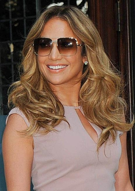Jennifer Lopez Tousled Curls Styles – Popular Haircuts Within Long Hairstyles Jennifer Lopez (View 5 of 15)