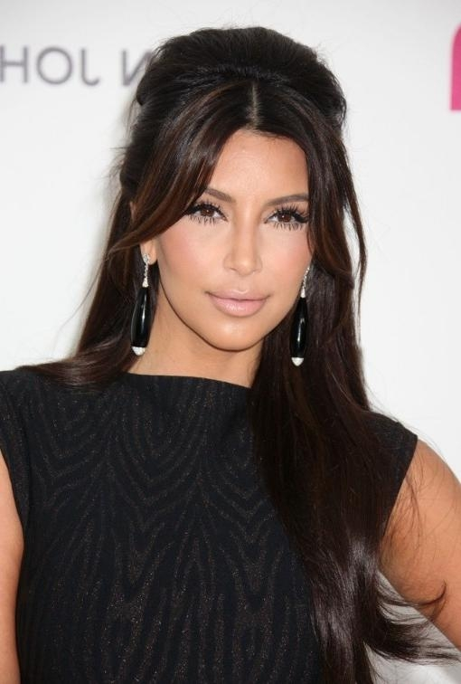 Kim Kardashian Shiny Long Hairstyles – Hairstyles Weekly Regarding Long Hairstyles Kim Kardashian (View 13 of 15)
