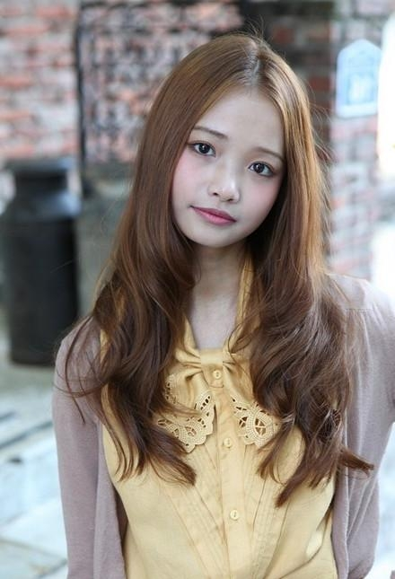 Korean Long Wavy Hairstyle Inside Long Wavy Hairstyles Korean (Gallery 1 of 15)
