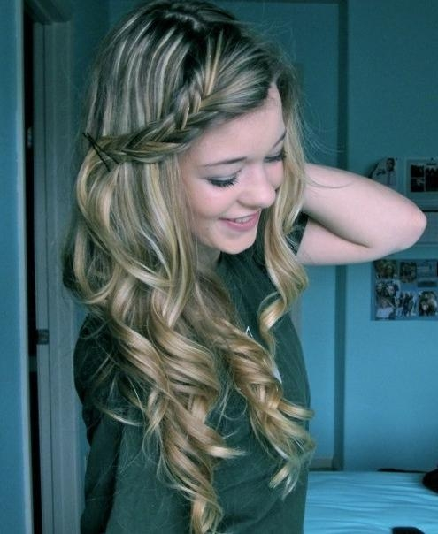 Long Curly Hairstyles Archives – Popular Haircuts Within Long Hairstyles With Curls (View 9 of 15)