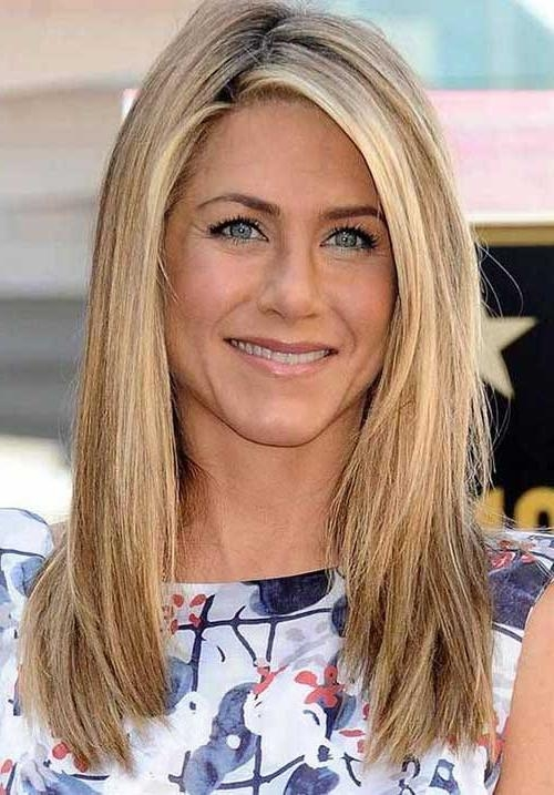 Medium To Long Haircut For Women Medium Hairstyles And Shoulder For Medium To Long Hairstyles (View 13 of 15)