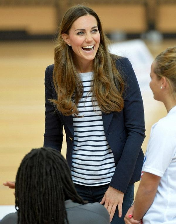 Middleton Long Brown Hairbrushing Throughout Long Hairstyles Kate Middleton (View 14 of 15)