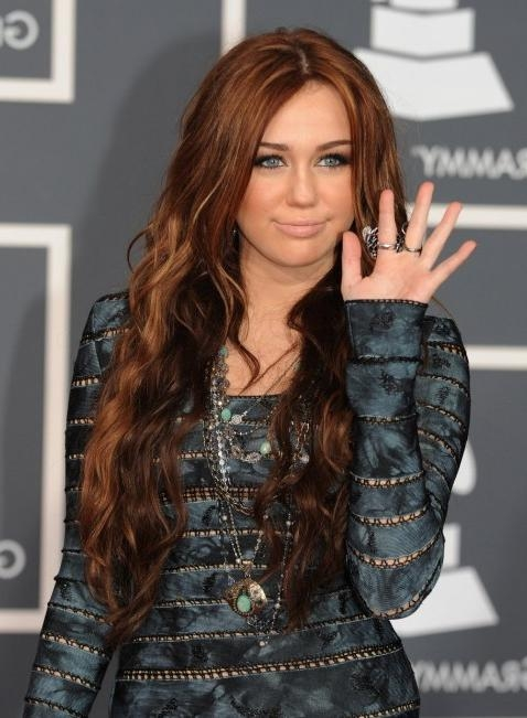Miley Cyrus – Hairstyles Weekly With Regard To Miley Cyrus Long Hairstyles (View 9 of 15)