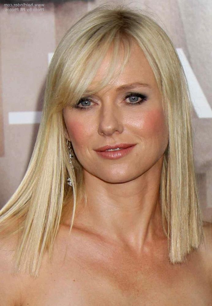 Naomi Watts Below The Shoulders Blunt Cut That Makes Her Hair In Long Neck Hairstyles (View 13 of 15)