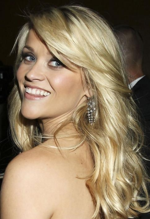 Reese Witherspoon Long Hairstyle: Layered Hair – Pretty Designs Regarding Long Hairstyles Reese Witherspoon (View 10 of 15)