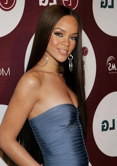 Rihanna Hairstyles – Hairstyles Weekly Intended For Long Hairstyles Rihanna (View 9 of 15)