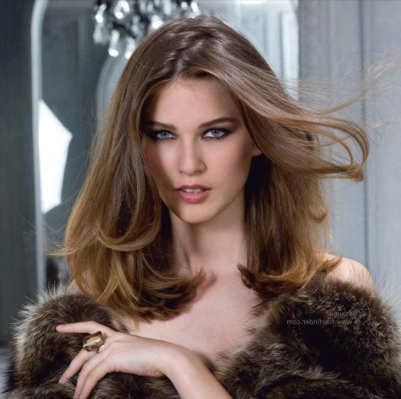 Simple One Length Hairstyle With Flowing Curves | Over The Intended For Long Hairstyles One Length (View 14 of 15)