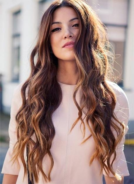Stunning Wavy Long Hairstyles Photos – Best Hairstyles In 2017 Intended For Long Hairstyles Wavy (View 12 of 15)