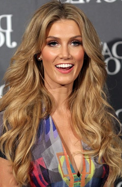 Top 17 Delta Goodrem Hairstyles – Pretty Designs Regarding Long Voluminous Hairstyles (View 11 of 15)
