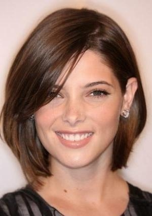 Top Hairstyles Models: Short Haircuts For Thick Hair And Oval Face Throughout Long Hairstyles Oval Faces Thick Hair (View 15 of 15)