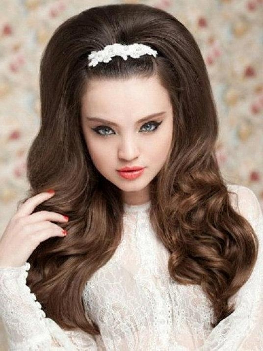 Vintage Hairstyles With Hairpin For Long Thick Hair Inside Long Hairstyles Vintage (View 15 of 15)