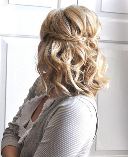 10 Trendy Updos For Short Hair For Homecoming | Hairstyle Ideas In With Regard To Cute Short Hairstyles For Homecoming (View 1 of 15)