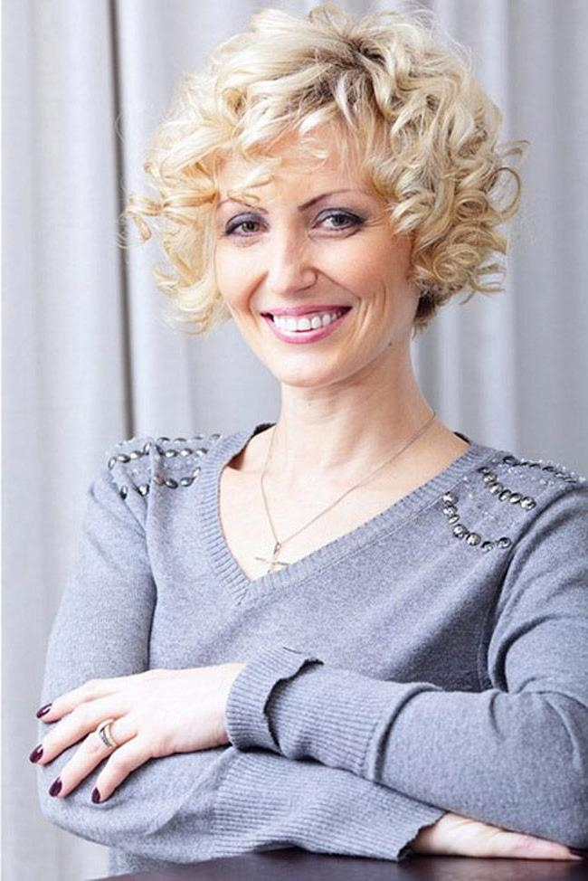 104 Best Short Hair Styles And Highlights Images On Pinterest In Short Curly Hairstyles For Over (View 11 of 15)