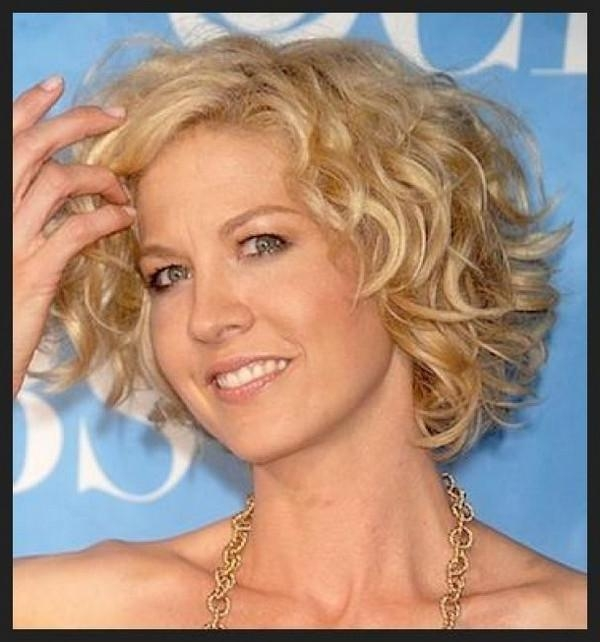 111 Hottest Short Hairstyles For Women 2017 – Beautified Designs Intended For Short Haircuts For Women Over 40 With Curly Hair (View 5 of 15)