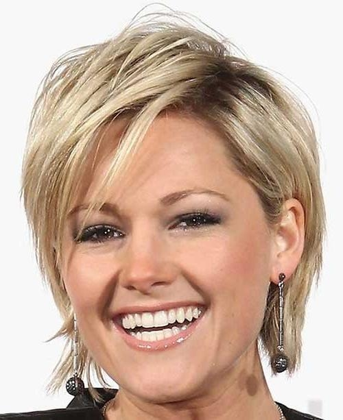 15 Dominating Short Hairstyles With Bangs – Hairstyle For Women In Short Hairstyles With Bangs For Fine Hair (View 1 of 15)