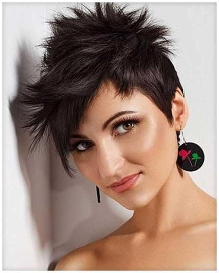 16 Lovely Short Cuts For Oval Faces | Short Hairstyles 2016 – 2017 Regarding Short Cuts For Oval Faces (View 1 of 15)