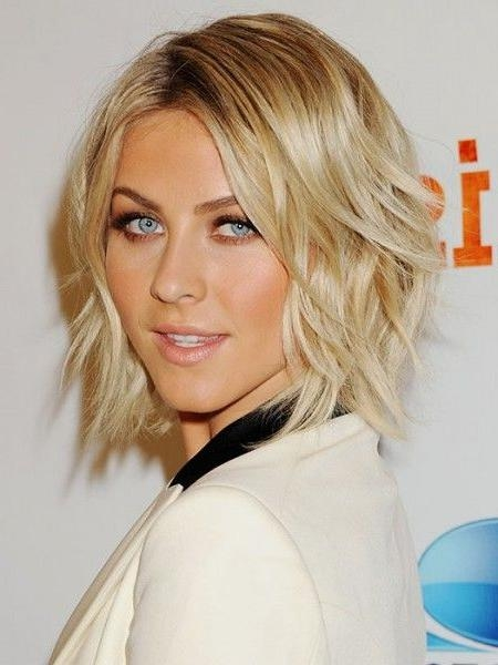 16 Medium Short Haircuts | Learn Haircuts Pertaining To Short To Medium Haircuts (View 2 of 15)