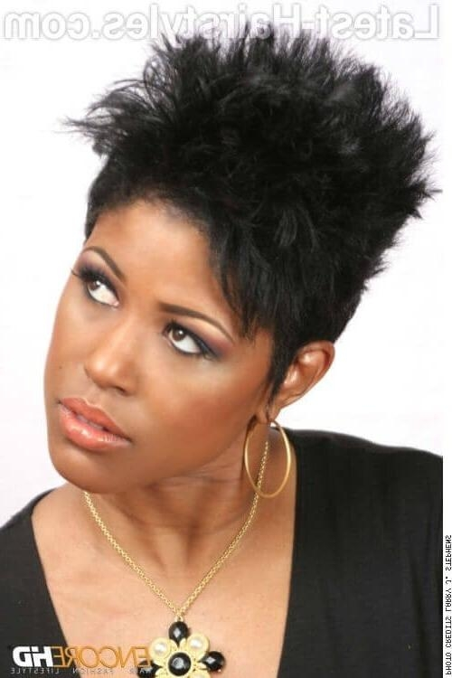 19 Black Hairstyles For Oval Faces Approvedcelebrities In Short Black Hairstyles For Oval Faces (View 11 of 15)