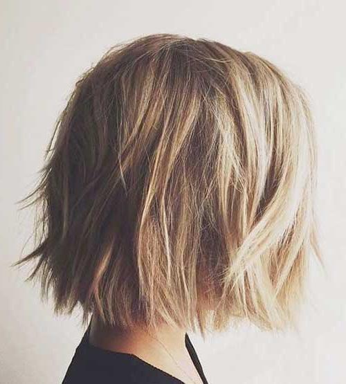 20 Chic Short Medium Hairstyles For Women | Hairstyles & Haircuts In Short To Medium Haircuts (View 3 of 15)